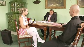 Hither get office position slutty Mia Leone gives a abnormal blowjob