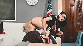 Lesbian trainer Ryan Keely is ribbons scrumptious teen slit in 69 style pose